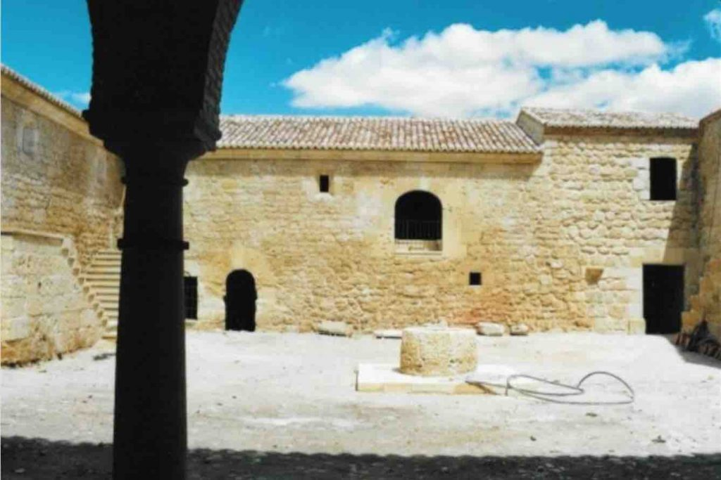 Reform historical property in Andalusia